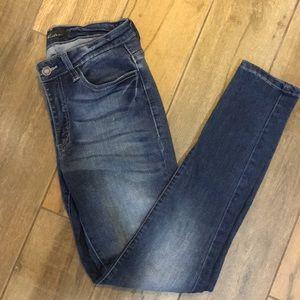 KanCan denim skinny jeans!
